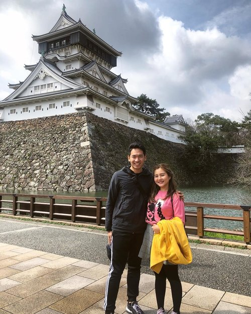 We don't develop courage by being happy every day. We develop it by surviving difficult times and challenging adversity. #timmatasipit .....#japan #kitakyushu #explorejapan #vielholiday #clozetteid #visitjapan #temple