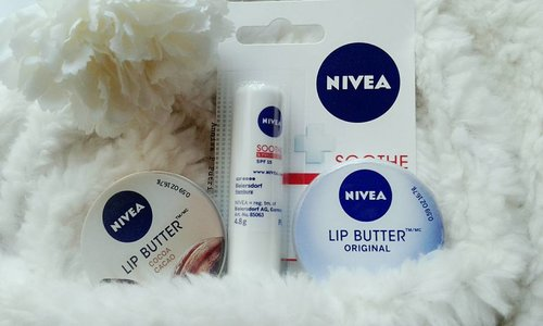 One brand lip care from @nivea_id . . Happy sunday beautiess 😉  #beauty #product #niveaindonesia #lipcare #lipbutter #lipprotect #clozetteid #instadailly #instatoday #instabeauty #blogger #jakarta #indonesia