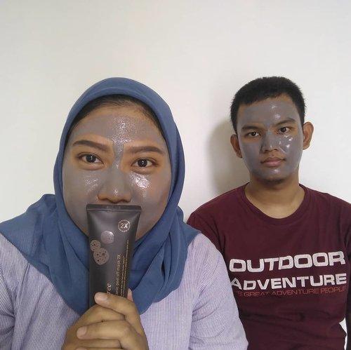 Ketika doi mau pake masker dan di foto 😂😂...#clozetteid #LoopSquad2018 #facemask #masktime  #metime #histime #koreanbrand #innisfreeindonesia #innisfreeglobal #instatoday #instadaily #tapforlike #doubletap #likeforlike #helloeveryone