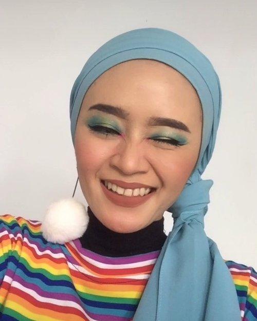 TIKTOK MAKEUP HACK ❤️-----OMG makeup jadi terlihat lebih flawless sih menurutku, lebih enak di lihat juga makeupnya. Hehe 🤭...@indobeautysquad @bandungbeautyblogger @tampilcantik @tutorialmakeup_id @tutorialmakeup.idn #indobeautysquad #ibs #bdgbb #tampilcantik #tutorialmakeupnatural #tutorialmakeup #tipskecantikan #ragamkecantikan #clozetteid