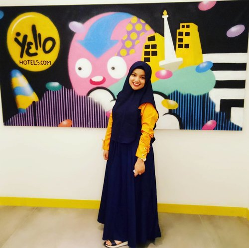 Always be positif thinking..And you will be happy😊😊😊 Happy sunday morning😍😍👗 by @alvos_collection#alvistyle #hijabstyle #clozetteID #hijabsyari #yollohotel#muslimahwear