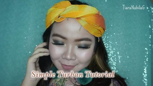 Mini Tutorial buat Turban yang simple nan ketjeh!  Full make up tutorial di bit.ly/Tiaralebaran 😍💕 Make this year more fun and feel the win! . . .  #TiaranabTutorial #TiaranabMakeup #LebaranMakeup #AltheaKorea