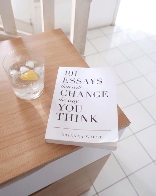 I've start to learn about mindful living since few months ago 2020. I try to fully aware of what I'm doing, what I like, not enjoy doing it, and etc, etc. But still learning tho, not easy.-I read lots of books about mindfulness. But this one right here is something that I wanted to keep for ever. Most of written in here is something that I already did or thought, but this keep remind me to be a good human being (for me). -I think it back to everyone self to think what's good and bad for them. What do you think?#CKreads#Clozetteid#clozette