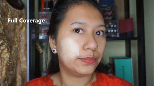 "Siaapa yang udah nyobain EMINA BARE WITH ME MINERAL CUSHION ?  Bdw aku pakai shade tergelapnya mereka yang 03 Caramel, tapi bagiku masih keputihan 🙈. dan aku suka banget sama cream blush mereka yang shadenya "" peach "" . . . .  Untuk Review lengkapnya ada di youtube channel aku gengs.. LINK ON MY BIO yah 😘😘.. . . . . #makeup #beauty #beautyblogger #indonesiabeautyblogger #indobeautygram #bblogger #asianblogger #bbloggers #instabeauty#makeupindo #makeupindonesia #YossiMakeup #ClozetteID  #Makeuptutorial @indobeautygram @indovidgram #indovidgram #motd #Beautynesiamember  #BloggerMafia #EminaBareWithMe #CushionKorea #EminaBareWithMeMineralCushion #tampilcantik #blogger #CushionMurah @tampilcantik"