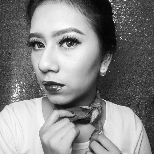 Love your eyes 👀 #SUPERSTARME @getthelookid @cindercella 😙😙. Join yuk guys  @khansamanda @kikicasmita @rara_gallery90  #black #blackandwhite #woman  #beautifuleyes