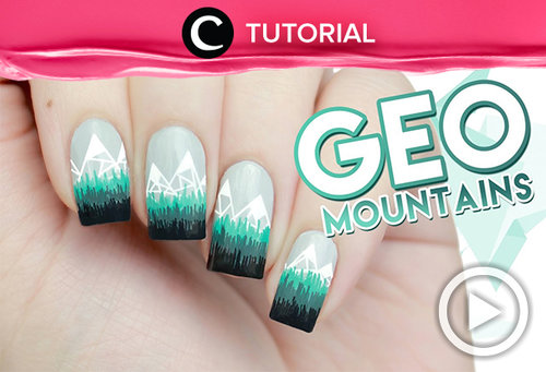 Abstract Geometric Mountains Winter Nail Art. See more http://bit.ly/2Bp6fp3. Video ini di-share kembali oleh Clozetter: @ranialda . Cek Tutorial Updates lainnya pada Tutorial Section.