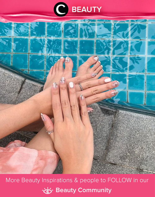 Monochromatic and minimalist nails on Clozette Ambassador @steviiewong. Simak Beauty Update ala clozetters lainnya hari ini di Beauty Community. Yuk, share produk favorit dan makeup look kamu bersama Clozette.