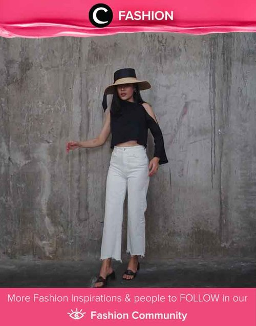Monochrome never looked so good. Clozetter @janejaneveroo shows that a simple black and white outfit can never go wrong. Simak Fashion Update ala clozetters lainnya hari ini di Fashion Community. Yuk, share outfit favorit kamu bersama Clozette.