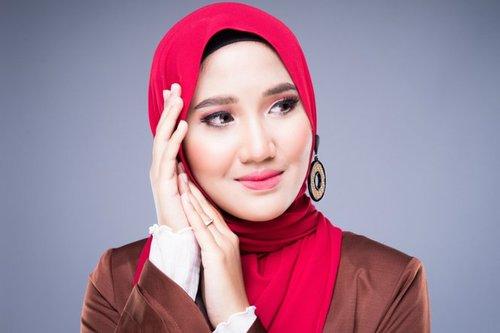 Warna-warna Hijab yang Mudah Dipadu Padan