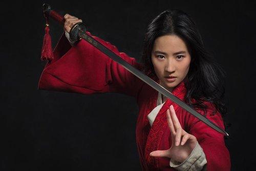 Ini Foto Perdana Aktris Liu Yifei untuk Film Mulan!