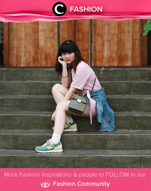 How do you like her outfit? Pink shirt, denim jacket, and sneakers. Simak Fashion Updates ala clozetters lainnya hari ini di Fashion Community. Image shared by Star Clozetter: @jssicanovia. Yuk, share gaya andalan kamu bersama Clozette.