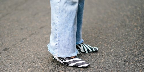 You'll Wanna Check Out These Amazing Makeover Ideas to DIY Your Jeans