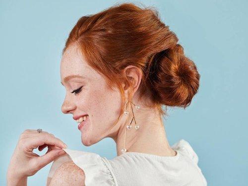 Wedding Hairstyle: Bridal Side Bun Tutorial