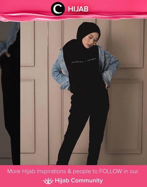 When life gives you Monday, dip it in comfortable clothes and be happy all day. Image shared by Clozette Ambassador @karinaorin. Simak inspirasi gaya Hijab dari para Clozetters hari ini di Hijab Community. Yuk, share juga gaya hijab andalan kamu.