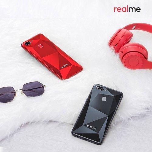 Smartphone Realme Siap Menemani Langkah Generasi Milenial