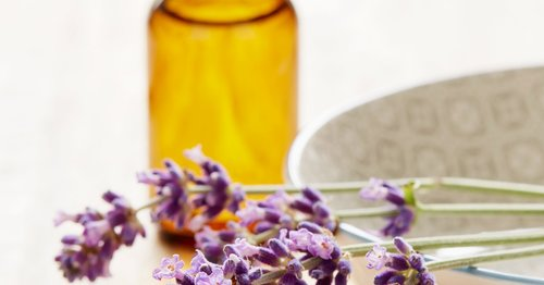 """Is This Popular """"Natural"""" Ingredient Actually Hurting Your Skin?"""