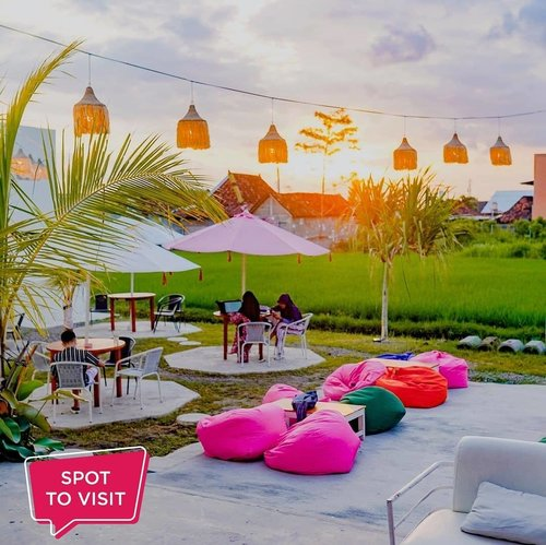 #SpotToVisitCarney Creativity and Space @carney_co, Jalan Garuni II, Kledokan, Sleman.​Yuk tag teman yang mau kamu ajak ke sini..📷 carney_co​​​#ClozetteID #carneyjogja #kafejogja #cafejogja