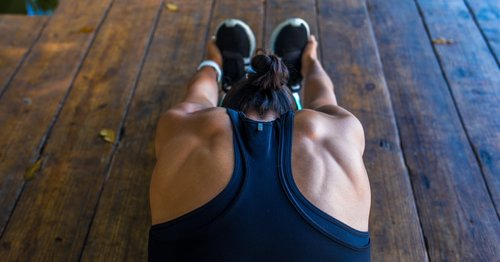 This No-Equipment, 30-Minute HIIT Workout Can Help You Burn Major Calories From Home