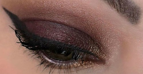 If You Have Oily Lids, This Beauty Tip Will Change Your Makeup Routine