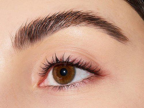 How to Fake Fuller Brows With the Soap Brow Method