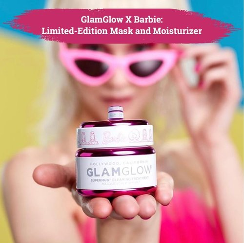 """Satu lagi kolaborasi menggemaskan datang dari produk kecantikan, yaitu GlamGlow X The New Barbie yang terdiri dari limited-edition mask and moisturizer😍.Mengangkat tema """"celebrating self confidence through skin health"""", Glam Glow dan Barbie menghadirkan Glowstater Mega-Illuminating Moisturizer dan masker super best seller-nya yaitu Supermud Clearing Treatment Mask dalam packaging menggemaskan yang didominasi oleh warna pink khas Barbie..Kedua produk hasil kolaborasi ini sudah bisa kamu dapatkan mulai 01 Juni 2020 kemarin di @sephora. Siapa yang tertarik mencoba?🙋🏻♀️.📷 @glamglow @barbie#ClozetteID"""
