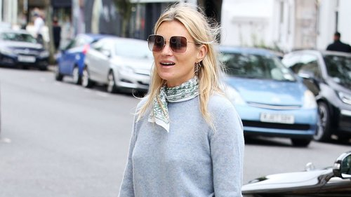 Kate Moss Revives This '90s Off-Duty Styling Trick
