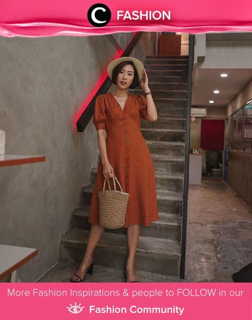 Clozette Ambassador @janejaneveroo adds some autumn vibes with her terracotta dress in this look. Simak Fashion Update ala clozetters lainnya hari ini di Fashion Community. Yuk, share outfit favorit kamu bersama Clozette.