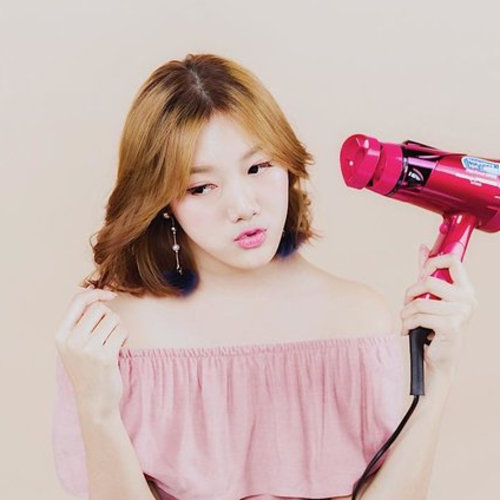 Check Out These Super Stylish Hair-Dryers!