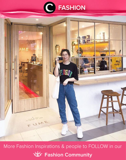 Back to comfiest days with tees, jeans, and happy face. Image shared by Clozette Ambassador @japobs. Simak Fashion Update ala clozetters lainnya hari ini di Fashion Community. Yuk, share outfit favorit kamu bersama Clozette.