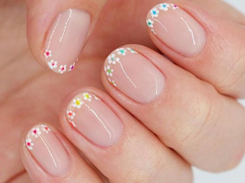 How to Create Flower Nail Art Using a Dotting Tool