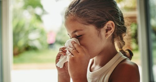 Allergies and COVID-19 Symptoms Can Look Alike: Here's the Key Difference Parents Should Note