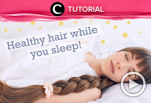 Siapa sangka ternyata hairstyle kamu ketika tidur bisa berdampak pada kesehatan rambutmu. Intip video berikut untuk tahu cara melidungi rambut yang tepat selama kamu tidur: http://bit.ly/2TpLlTb . Video ini di-share kembali oleh Clozetter @zahirazahra. Kamu juga bisa menemukan tips dan tutorial lainnya di Tutorial Section.