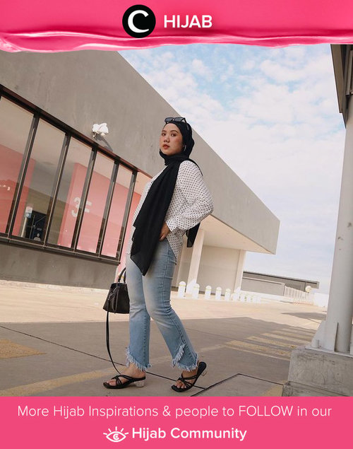 Long pashmina dan jeans kinda day. Image shared by Clozetter @nabilaaz. Simak inspirasi gaya Hijab dari para Clozetters hari ini di Hijab Community. Yuk, share juga gaya hijab andalan kamu.