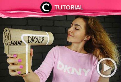 Hair dryer kamu rusak? Coba buat hair dryer sendiri menggunakan cardboard seperti ini: http://bit.ly/32dpvCr. Video ini di-share kembali oleh Clozetter @saniaalatas. Lihat juga tutorial lainnya di Tutorial Section.