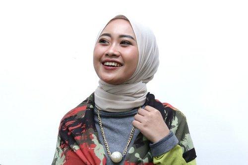 Punya Banyak Hijab? Coba Gaya Double Scarf yang Modis