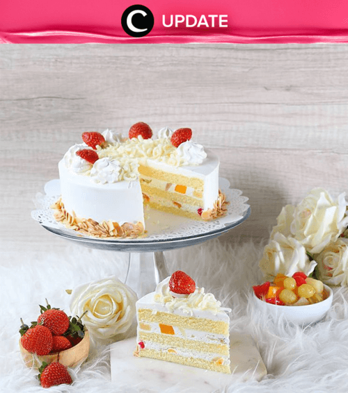 Take a break, and get yourself a cake from BreadTalk now! Enjoy the famous slice cakes from BreadTalk with special prices! Shop yours now, before the promo ends! Lihat info lengkapnya pada bagian Premium Section aplikasi Clozette. Bagi yang belum memiliki Clozette App, kamu bisa download di sini https://go.onelink.me/app/clozetteupdates. Jangan lewatkan info seputar acara dan promo dari brand/store lainnya di Updates section.