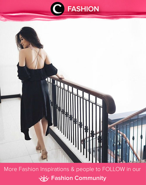 A backless dress is a great way to show your sexy side without looking too revealing or sultry. Simak Fashion Update ala clozetters lainnya hari ini di Fashion Community. Image shared by Clozette Ambassador: cynfl. Yuk, share outfit favorit kamu bersama Clozette.