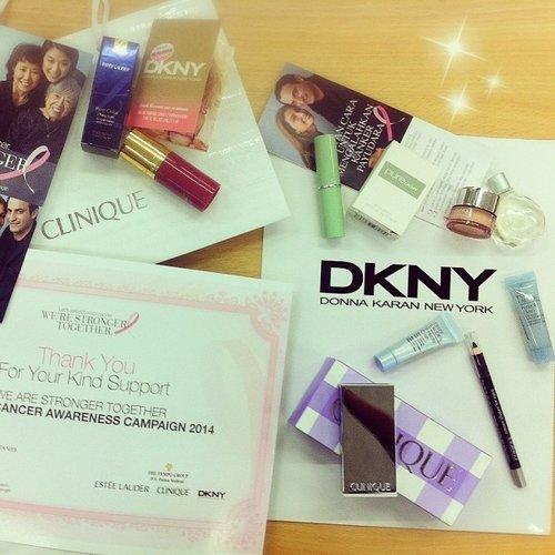 Present from make-up contest a few weeks ago in Breast Cancer Awarenes Campaign. Thank you @esteelauder @clinique and #DKNY for choosing me as a winne... Read more →