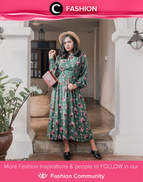 Steal this Clozetter @deniathly's vintage look in floral maxi dress with straw hat! Simak Fashion Update ala clozetters lainnya hari ini di Fashion Community. Yuk, share outfit favorit kamu bersama Clozette.