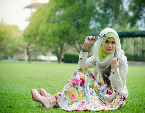 Photo Challenge Clozette Indonesia 'Your Fashion Social Network Contests' #ClozetteID #ColorfulHijab