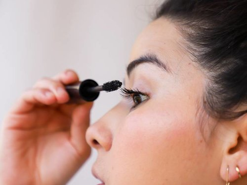 How to Get Perfectly Separated Eyelashes With Mascara