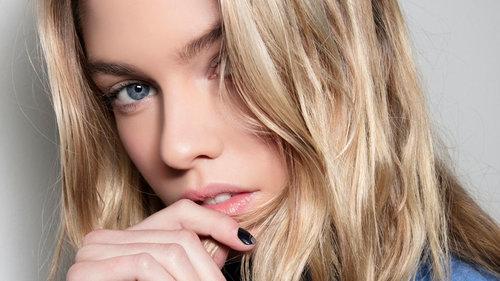 Biotin Shampoo May Help You Get Your Hair Back