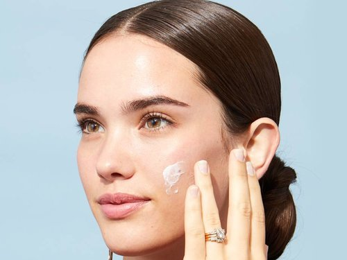 7 Ways to Minimize the Appearance of Big Pores