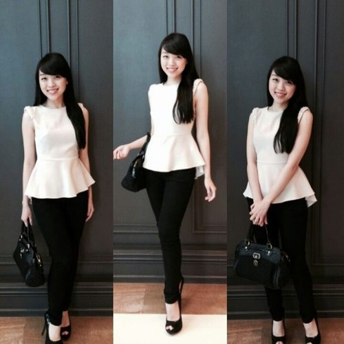 Saturday latepost style  Nude peplum top and black skinny jeans, paired with black opentoe shoes  #instastyle #igstyle #styles #style #stylenanda #sty... Read more →