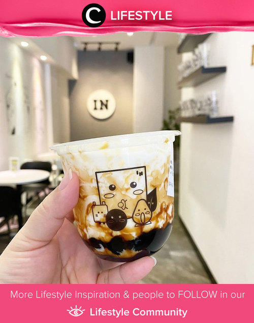 A boba a day, keeps reality away. Image shared by Clozetter @clevergirl. Simak Lifestyle Update ala clozetters lainnya hari ini di Lifestyle Community. Yuk, share momen favoritmu bersama Clozette.