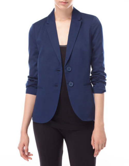 Can't believe I don't own a basic solid-color blazer! I want one in navy, preferably darker than this photo.