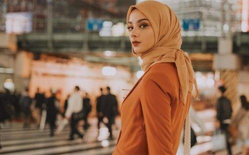 Melihat Kembali 5 Tren Hijab yang Booming di 2019