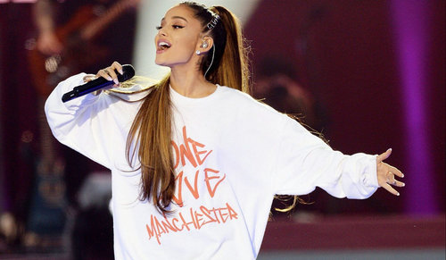 Ariana Grande Menerima Penghargaan Honorary Citizenship dari Kota Manchester