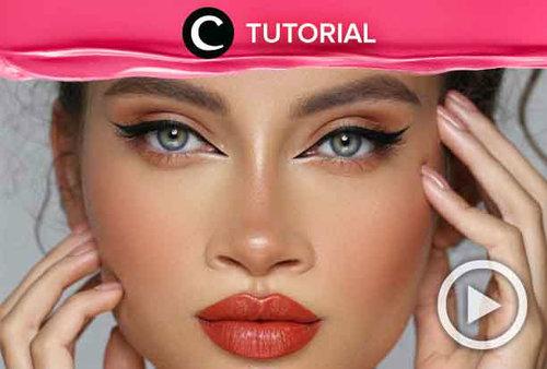 MUA Hindash berbagi tips & trick untuk membuat cateye liner. Intip caranya di: http://bit.ly/2YA7kVd. Video ini di-share kembali oleh Clozetter @kyriaa. Lihat juga tutorial lainnya di Tutorial Section.
