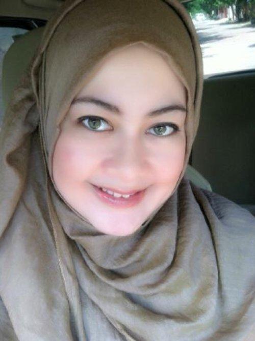 Brown Hijab...love it